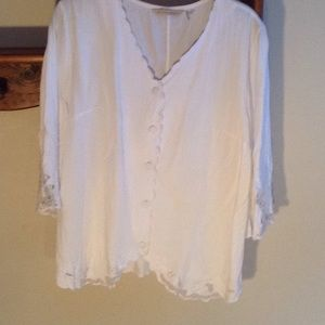 Soft Surroundings button front white blouse. S